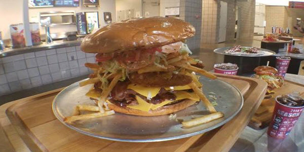 Challenge – Can You Finish the Most Calorie Rich Burger in The World?